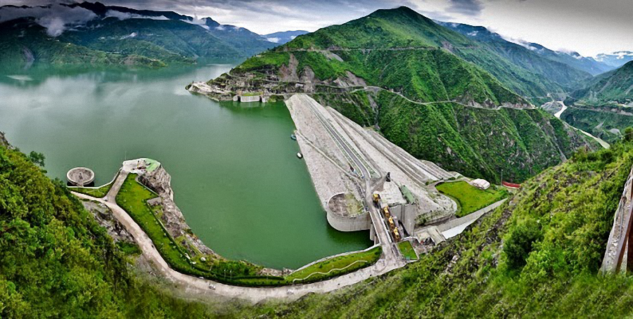 the discussion of the development of the bakun dam in the state of sarawak Compensation gap in bakun hydroelectric dam in sarawak, malaysia are examined in this study multinomial logit econometric estimators are used to examine the land compensation gap experienced by 379 settlers resettled as a result of the development project.