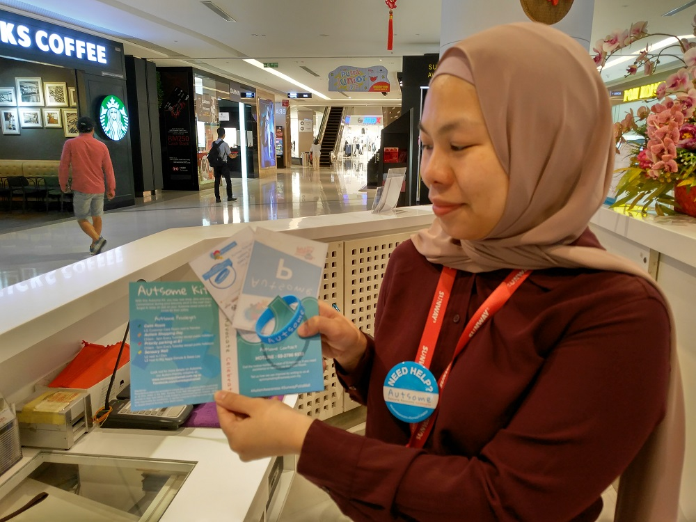 Collect Autsome Kit at Sunway Putra Mall concierge desk at ground floor