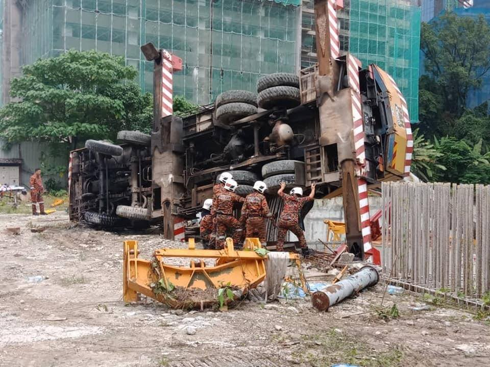 4 injured in 2 construction site accidents in KL - Cyber-RT